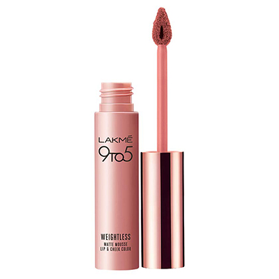 The Lakme 9 to 5 Weightless mousse Lip & Cheek Color